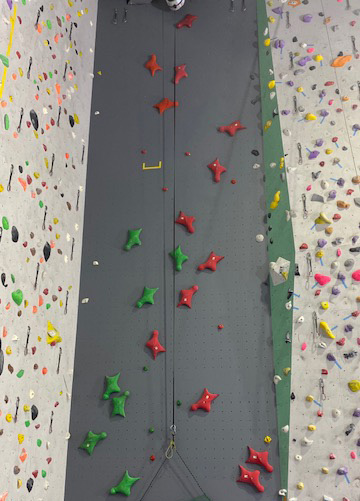 新スピードクライミング用の壁